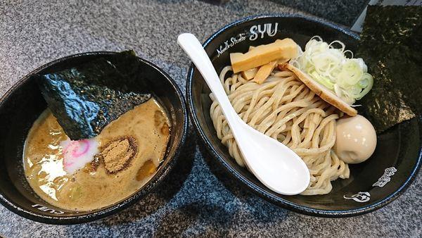 「濃厚豚骨魚介つけ麺 全部のせ(1050円)」@Noodle Studio SYU 周の写真