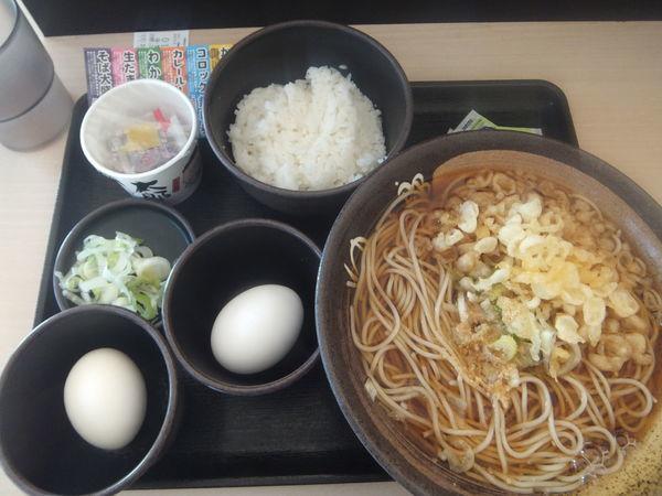 「朝そば(納豆)360円・クーポンで生たまご無料」@ゆで太郎 馬橋店の写真