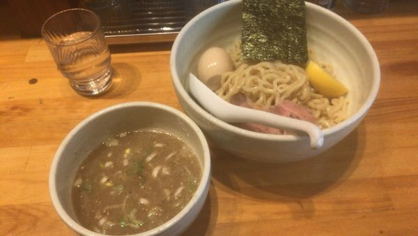 「しおつけ麺 味玉:960円」@○心厨房の写真