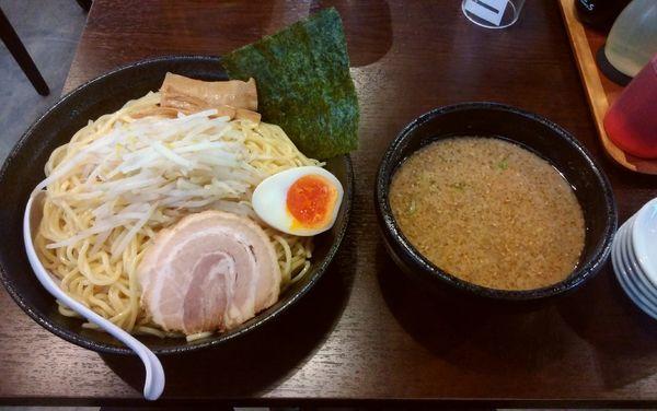 「つけ麺(特盛り)950円」@江川亭 南多摩店の写真
