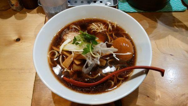 「味玉煮干そば〈並盛〉¥900-」@煮干麺 月と鼈の写真