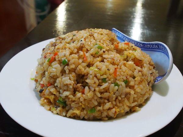「特製ピリカラ炒飯」@中国家庭料理 MAOの写真