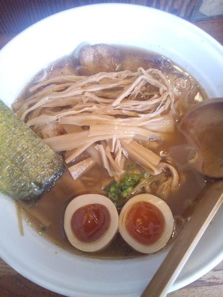 「醤油ラーメンバラ肉チャーシュー」@麺や 八雲の写真