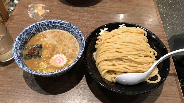 「つけめん 大盛り」@六厘舎TOKYO ソラマチ店の写真