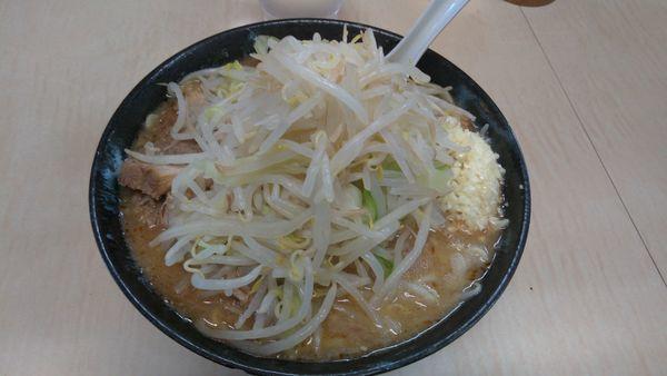 「味噌麺硬め少な目800円」@ラーメン二郎 京成大久保店の写真