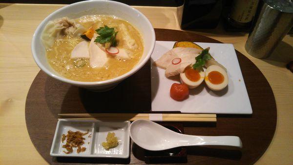 「特製鶏白湯醤油SOBA 1,300円」@銀座 篝 本店の写真