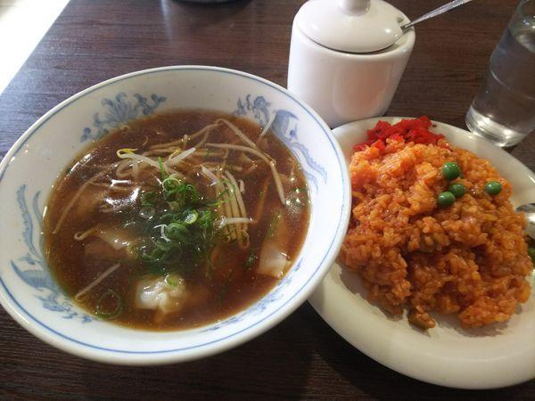 「ワンタン、チキンライスセット 810円」@洋食 ひらおかの写真
