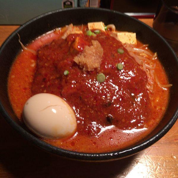 「味玉どて辛めん バラ肉倍増」@どてちん 習志野店の写真