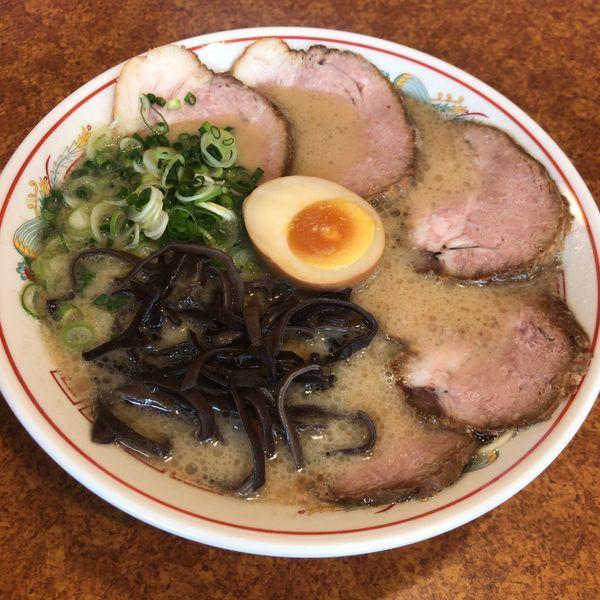「久留米チャーシュー麺 980円」@ラーメン 育元 吉見店の写真