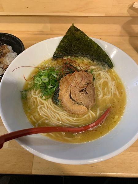 「ラーメン」@東京らーめん倶楽部 鶏と麺との写真