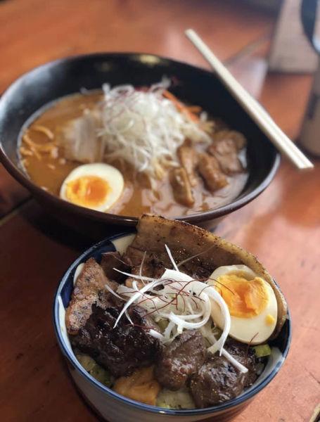 「味噌ホルメン&ぶた丼」@平和 旭川本店の写真