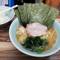 横浜家系ラーメン 武蔵家 東小金井店の写真