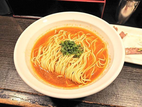 「麻辣香蝦そば、など」@灰汁中華 丿貫 福富町本店の写真