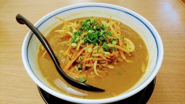 「鶏白湯スパイシーカレー麺(麺ハリガネ)」@麺場 鶏源 TORIGEN 蒲田店の写真