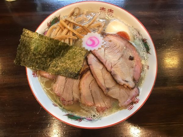 「追い煮干し中華そば チャーシュー 1,080円」@麺座 かたぶつの写真