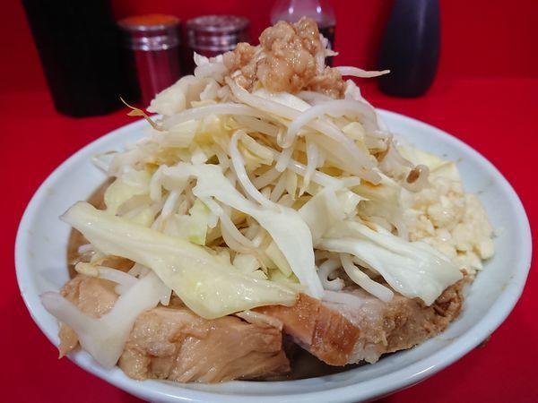 「ラーメン小750円(麺少なめ・ヤサイ・ニンニク・アブラ)」@ラーメン二郎 札幌店の写真