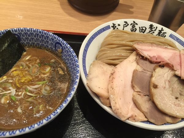 「濃厚つけ麺チャーシュー大盛」@松戸富田製麺 ららぽーとTOKYO-BAY店の写真