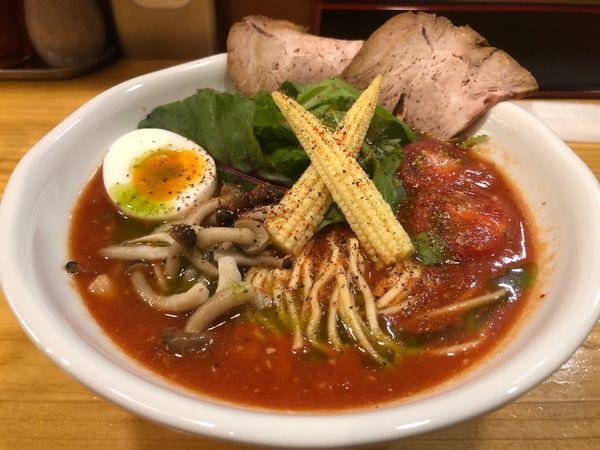 「牛骨とまとらーめん+リゾット」@麺屋うしまるの写真