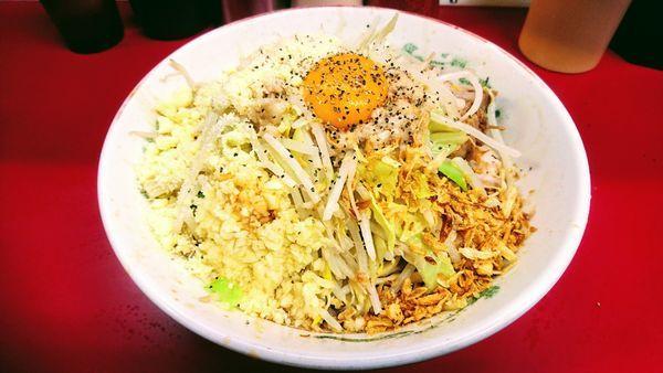 「らーめん(麺硬め少なめ・アブラ・ニンニク)+汁なし+粉チーズ」@ラーメン二郎 湘南藤沢店の写真