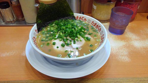 「チャーシュー麺+替玉」@九州大分らぁめん たまがった 西口店の写真