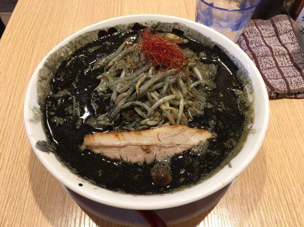 「【2月限定】味噌ブタメンブラック」@ラーメンブタヒロの写真