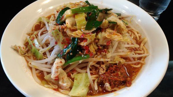 「極辛ラーメン野菜増し」@激辛拉麺 鷹の爪の写真