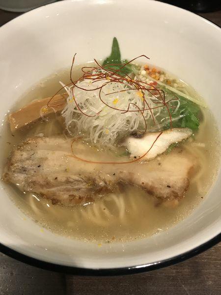 「真鯛 塩らぁ麺」@らぁ麺BAR 錦 iwamotoの写真