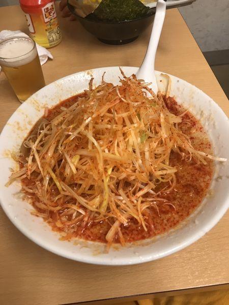 「辛口醤油ラーメン中盛り 辛ねぎ」@らーめん かづの写真