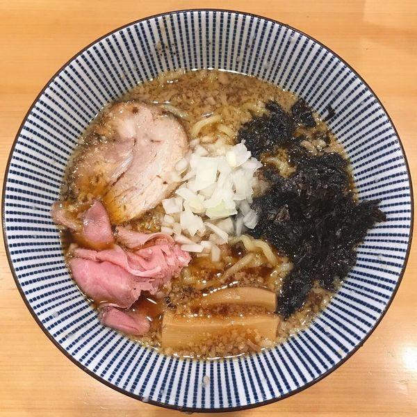 「背脂醤油らー麺」@焼きあご塩らー麺 たかはし 銀座店の写真