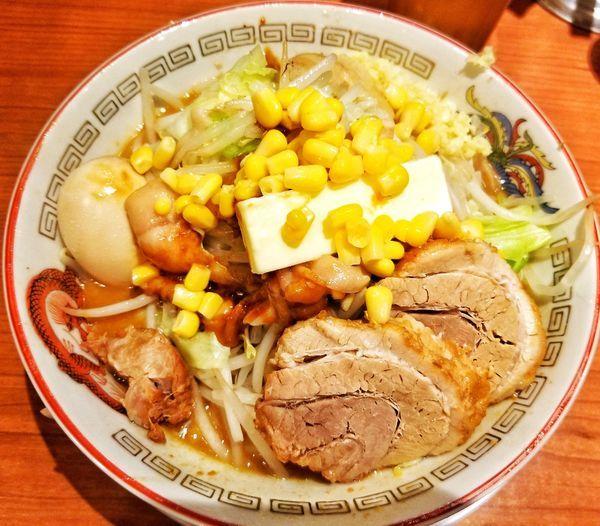 「味噌バターコーン」@ラーメン豚山の写真