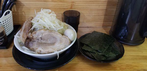 「極太麺、塩、味玉」@麺屋 とん嬉の写真