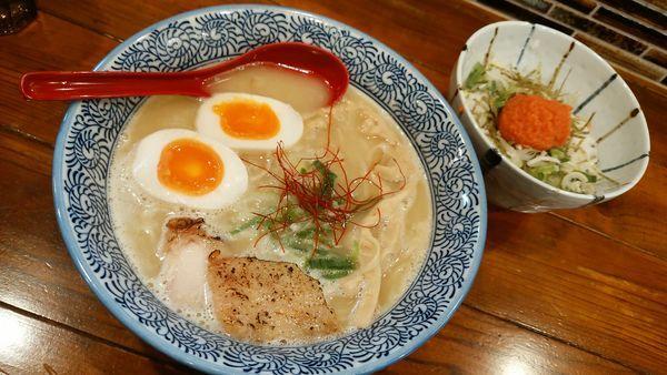 「味玉濃厚鶏白湯 明太子ご飯」@麺屋 楽のすけの写真