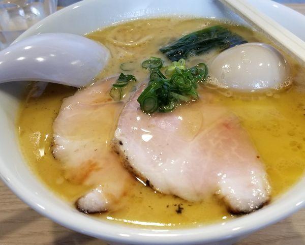「【限定メニュー】鶏と水の家系(大盛)」@らーめんMAIKAGURAの写真