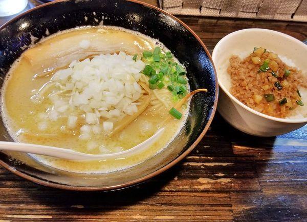 「とりそば(塩)750 本日のごはん(ひき肉ごはん)150」@麺堂 稲葉 ~Kuki style~の写真