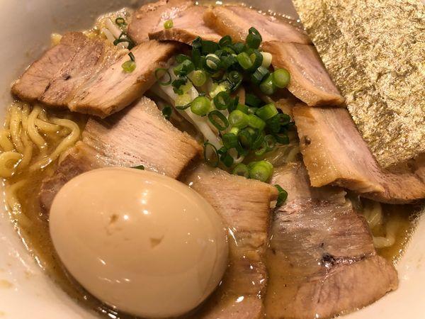「味玉チャーシュー麺」@中華そば おかべの写真