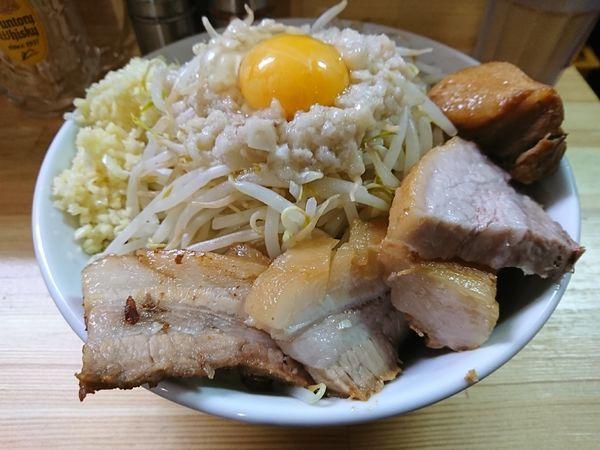 「肉増しまぜそば醤油」@麺処 MAZERUの写真