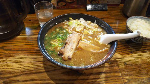 「濃厚魚介らーめん」@中華蕎麦 つけ麺 一の写真