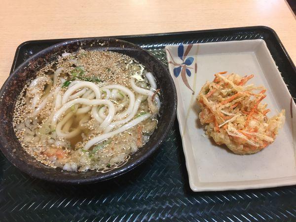 「かけ小¥130+野菜かき揚げ」@はなまるうどん 春日部店の写真