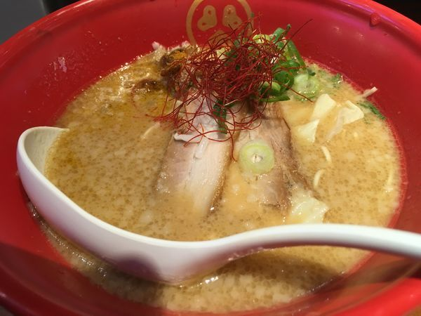 「味噌豚骨」@TOKYO豚骨BASE Dila大船店の写真