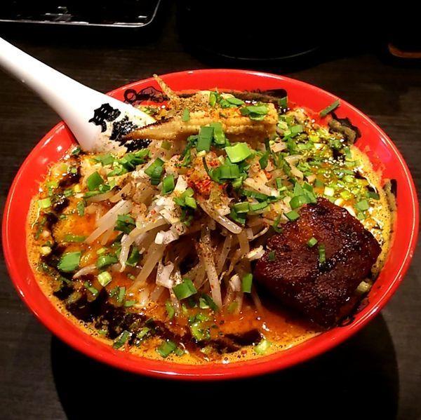 「もやしカラシビ味噌らー麺 (カラ増し シビ増し)」@カラシビ味噌らー麺 鬼金棒の写真