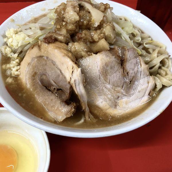 「ラーメン(ニンニク少なめ,アブラ)+生たまご」@ラーメン二郎 京都店の写真