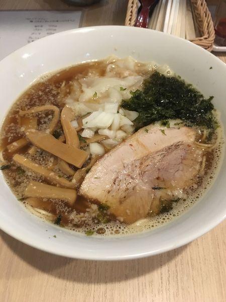 「ワンタン麺+メンマ増し」@麺&cafe Coi.Coi.の写真