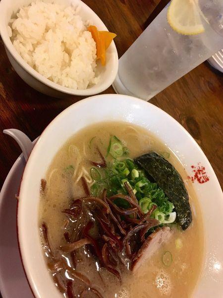 「こってり長浜とんこつラーメン(698円)」@博多餃子房 長浜食堂の写真