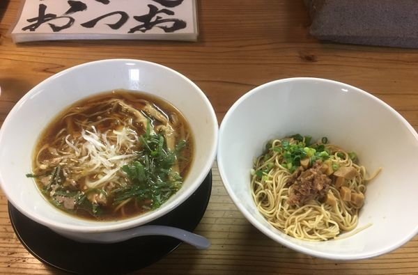 「鶏醤油、追い玉黒(700¥、200¥)」@麺蔵 あつおの写真