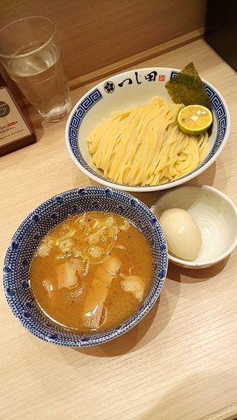 「濃厚つけ麺+チラシ味玉880円」@つじ田 池袋西口店の写真
