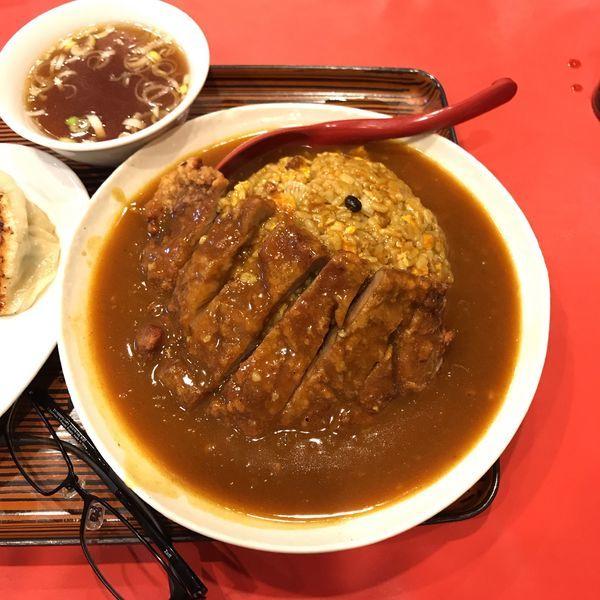 「排骨カレーチャーハン」@台湾料理 生駒の写真