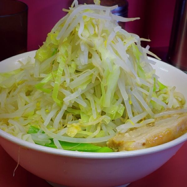 「少なめ(味うすめ、ニンニク少なめ)650円」@ラーメン二郎 ひばりヶ丘駅前店の写真