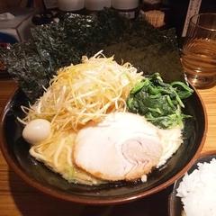 横浜家系ラーメン 壱角家 メトロ西葛西店の写真