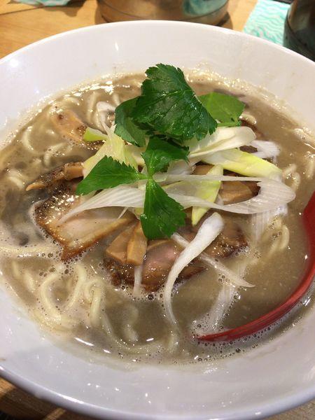 「濃厚煮干そば 850円 麺少なめ」@煮干麺 月と鼈の写真