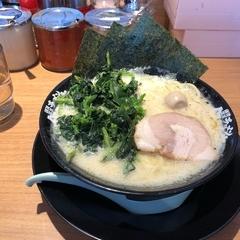 横浜家系ラーメン 町田商店 武蔵村山店の写真